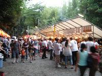 毎年多くの家族連れでにぎわう高田富士祭