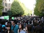 早稲田祭の会場内は大混雑!!